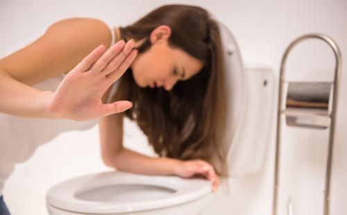 Передозировка Анальгином: последствия, симптомы, первая помощь
