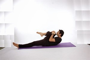 Йога при геморрое: можно ли выполнять упражнения, влияние на болезнь