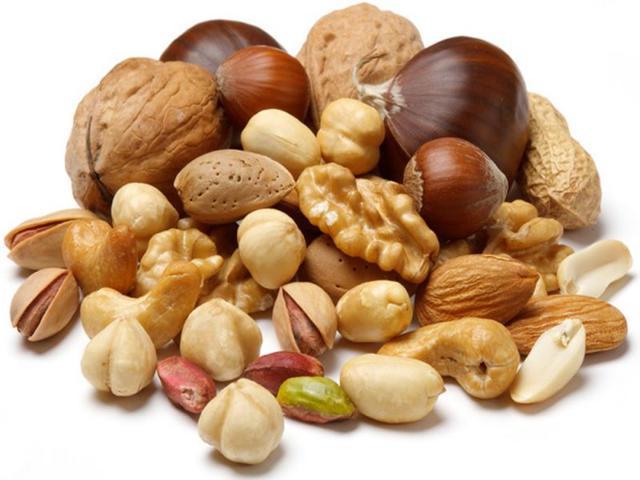 Отравление орехами: симптомы и быстрое лечение