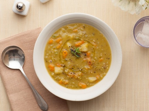 Гороховый суп при панкреатите: можно ли есть, влияние на поджелудочную железу