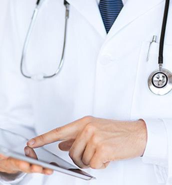 К какому врачу обращаться при спондилоартрозе позвоночника