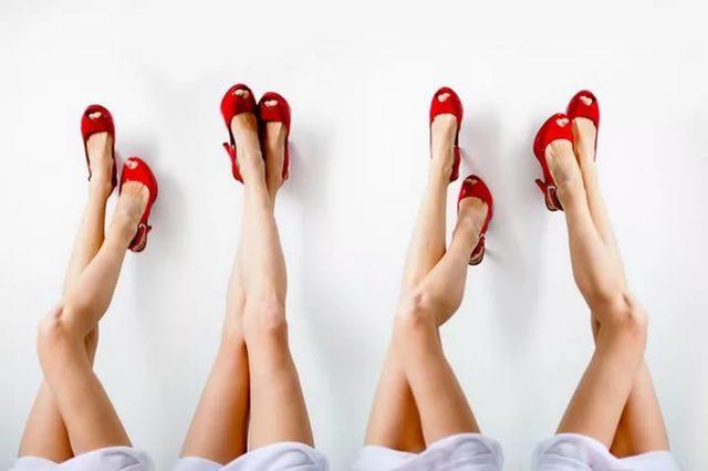Бурсит коленного сустава: симптомы и лечение, фото