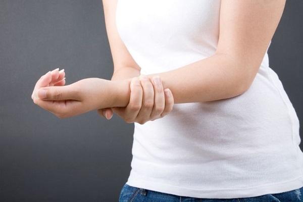 Компрессы при синовите: польза метода в лечении суставов