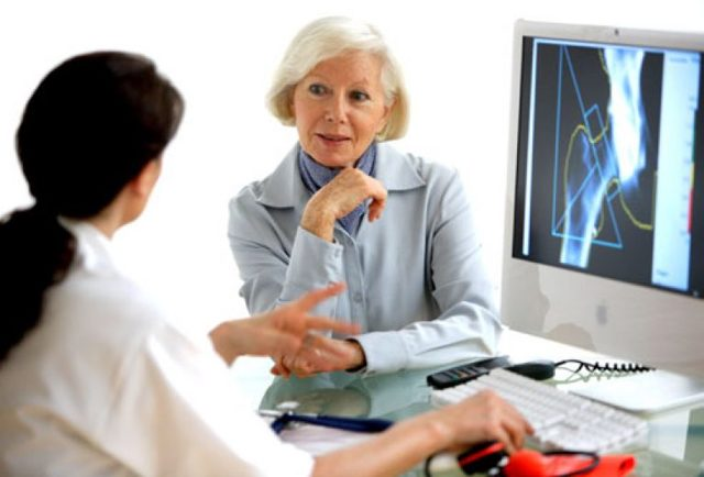 Постменопаузальный остеопороз: симптомы и лечение